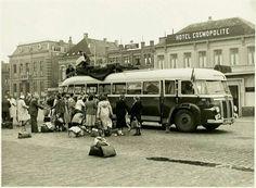Breda -  BBA-bus op het stationsplein - jaren '50