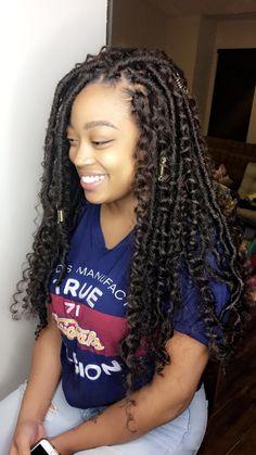 #fauxlocs #crochetlocs #goddesslocs #naturalhairstyles #hairstylesforwomen #locs #womenlocs