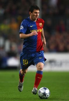 The Argentinean soccer star Lionel Messi is one of the world s best players  and has made FC Barcelona a world-class football team 44ef91c7b79e6