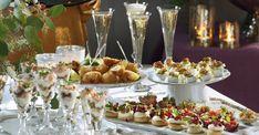 Oavsett om du firar in det nya året med en lugnare. Appetizer Recipes, Appetizers, Party Food And Drinks, Halloumi, Something Sweet, Starters, Tapas, Snacks, Creative