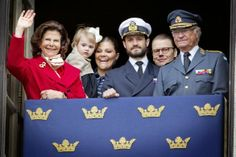 the royal family has celebrated 68 years of King Carl Gustav with the traditional ceremony at the Royal Palace in Stockholm.