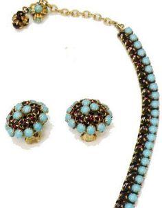 Hattie Carnegie - Collier et Boucles d'Oreilles' - Perles Turquoises et Strass Grenat Imitation - Vintage