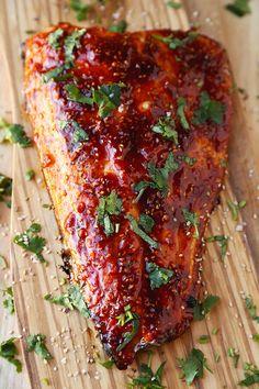 Honey Sriracha Oven Baked Salmon | Pickled Plum | Easy Asian Recipes Easy Asian Recipes, Baked Salmon Recipes, Fish Recipes, Seafood Recipes, Cooking Recipes, Healthy Recipes, Honey Recipes, Healthy Food, Sweet & Easy