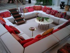 would love a couch like this.