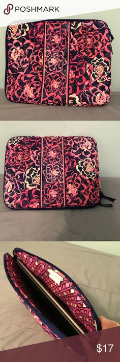 "Vera Bradley Laptop Case Pretty and protective. This laptop case provides great protection with its thick foam inserts. Able to fit laptop and accessories. Barely used, perfect condition. Measurements- 14"" across, 11.5"" tall, 1"" deep Vera Bradley Bags Laptop Bags"