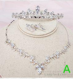 Prom Jewelry, Bridal Jewelry Sets, Wedding Jewelry, Gold Jewelry, Wedding Hair Accessories, Jewelry Accessories, Quinceanera Necklace, Wedding Headdress, Engagement Jewelry
