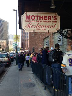 Mother's Restaurant in New Orleans, LA - don't let the line scare you; clearly the food is awesome, the restaurant is huge and it's self service so the wait is not bad. also, HAMS! Vacation Trips, Vacation Spots, Vacation Destinations, New Orleans Bachelorette, New Orleans Vacation, Lake Pontchartrain, New Orleans Louisiana, Louisiana Usa, Best Seafood Restaurant