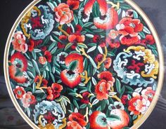 Chinese embroidery of peaches