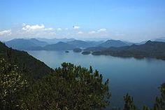 Thousand Island Lake.JPG