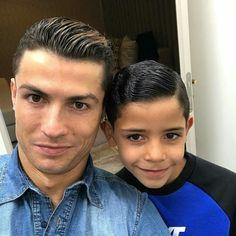 Cristiano Ronaldo y Cristiano Ronaldo Jr. CR7. CRJr