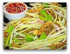 Thai Crispy Minced Fish Salad & Raw Green Apple yam pra fu kab apple