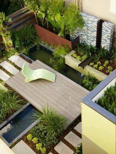 El estanque en el jardin