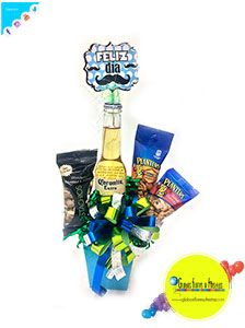 Globos, Flores y Fiestas Snack Recipes, Snacks, Gift Baskets, Pop Tarts, Packaging, Gifts, Food, Decorated Boxes, February