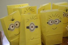 Take yellow paper bags, a marker, and white paper (with glue, to make the eyes) and you've got the perfect Despicable Me favor bags for a kid's birthday party!