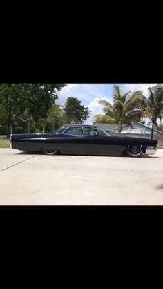 Not My 1968 cadillac bagged out.but bad as for sho! Caddy Daddy, School Style, Us Cars, Dream Garage, Vroom Vroom, Cadillac, Hot Wheels, Rat, Cars And Motorcycles