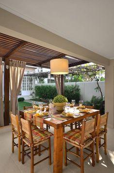 Área de Lazer na cidade: Salas de jantar rústicas por Stefani Arquitetura