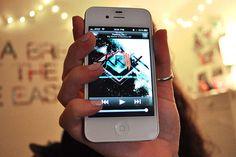 Blackberry, Apple, Technology, Iphone, Life, Quotes, Skrillex, Joy Of Life, Apple Fruit