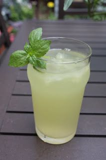 Pineapple sage grows quickly and soon was the dominant plant growing straight up the middle of my herb pot.what to do with all of this sa. Refreshing Drinks, Summer Drinks, Fun Drinks, Healthy Drinks, Alcoholic Beverages, Healthy Food, Healthy Lunches, Party Drinks, Cold Drinks