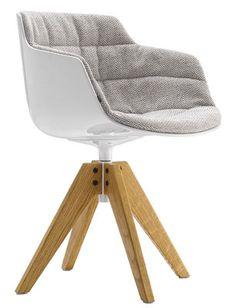 Fauteuil pivotant Flow Slim / Rembourré - 4 pieds VN chêne Tissu gris clair / Pieds chêne - MDF Italia - Décoration et mobilier design avec Made in Design