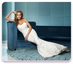 Rhianne Wedding dress  http://www.christiannebrunelle.com/English/Caroline-Castigliano-wedding-dresses/