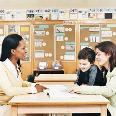 Make the most of parent teacher conferences with these tips to make parent-teacher communication easier to help students with learning disabilities. Parent Teacher Communication, Parent Teacher Conferences, Clear Communication, Effective Communication, Primary School Teacher, Special Education Teacher, Primary Teaching, Teaching English, Parents As Teachers