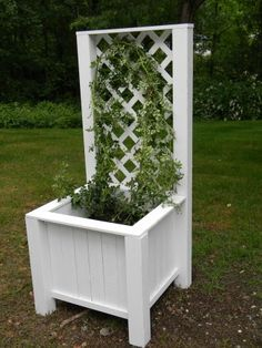 Planter Box with Trellis | Do It Yourself Home Projects from Ana White