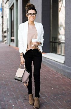 Balanced-Casual-Work-Outfits-Für-Frauen