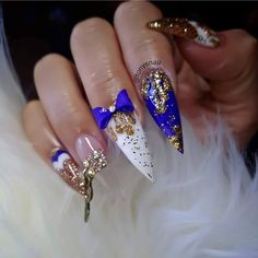 Go big or go home :) Sexy Nails, Stiletto Nails, Coffin Nails, Beautiful Nail Designs, Cool Nail Designs, Gel Nail Art, Acrylic Nails, Nail Nail, Glenda