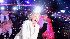 Hillary Clinton se crece en escenario y acepta historica nominación presidencia EE.UU. (VIDEO)