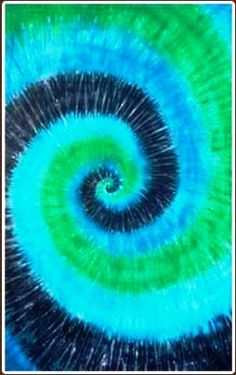 Blue & Green Spiral Tie Dye Tapestry-Blue & Green Spiral Tie Dye Tapestry -This blue and green spiral tie dye tapestry gives an ocean feel to any room. You can use this tapestry as a wall hanging in your home or office, throw it over a couch, or Tye Dye Wallpaper, Die Wallpaper, Paisley Wallpaper, Tie Dye Tapestry, Blue Tapestry, Green Tie, Blue Green, Tie Dye Background, Tie Dye Bedding