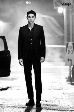 Gong Yoo (공유) - Picture @ HanCinema :: The Korean Movie and Drama Database Korean Star, Korean Men, Asian Men, Asian Actors, Korean Actors, Hot Actors, Actors & Actresses, Goblin Gong Yoo, Yoo Gong