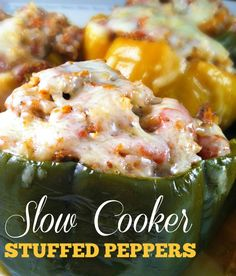 These Slow Cooker Stuffed Peppers are packed with ground beef, rice, tomatoes, and cheese, and make for an easy & delicious weeknight meal the whole family will enjoy! Crock Pot Slow Cooker, Crock Pot Cooking, Slow Cooker Recipes, Crockpot Recipes, Cooking Recipes, What's Cooking, Great Recipes, Favorite Recipes, Delicious Recipes