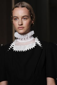 Valentino Fall 2016 Couture by Maria Grazia Chiuri and Pierpaolo Piccioli