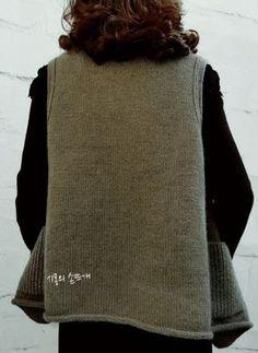 """""""디또는 가벼움이다! 가벼우면 디또다!"""".....시몽의손뜨개 조끼(강릉시 뜨개방) : 네이버 블로그 Winter Hats, Turtle Neck, Knitting, Sweaters, Crafts, Fashion, Sweater Vests, Ponchos, Breien"""