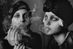 Sabisha Friedberg & Jessica Stam for Vogue Italy, Paris, France. Photo by Peter Lindbergh Jessica Stam, Peter Lindbergh, History Of Photography, Photography Women, Fashion Photography, Photography Magazine, Film Photography, Linda Evangelista, Ansel Adams