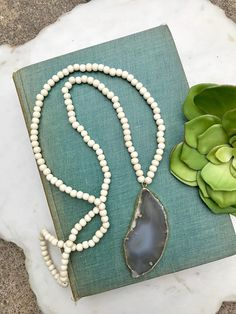 Long Beaded Necklace Agate Pendant Boho Necklace Gray Geode Necklace Ivory Cream Wood Bead Necklace Large Agate Necklace Boho Bead Necklace