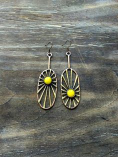 Sun earrings, metal jewelry, copper, brass, glass, yellow jewellery