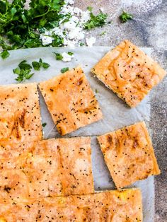 Børek med fetaost og persille (Peynirli tepsi böreği)