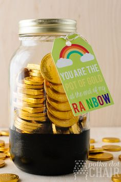 Pot of Gold St. Patricks Day Mason Jar (includes free printable tags, that say…