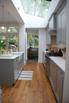 What a wonderful idea - the result is a light flooded kitchen!