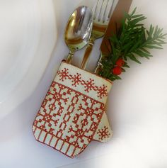 Set of 4 Redwork Wool Mitten Siverware or Napkin by CherieWheeler, $32.00