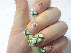 korean nail art | click through for tutorial (in my korean blog)green check nailart