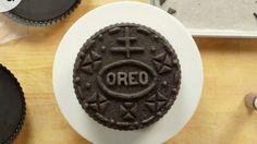 Így készül a különleges Oreo torta