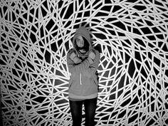 Muster Schwarz-Weiß wandgestaltung mit Farbe einrichtungsbeispiele schwarz weiß wohnzimmer einrichten installation