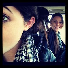 Kylie Jenner ear percings /.