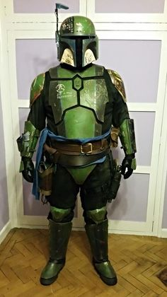 Congrats to Rang Kemir on his second approved kit! Mandalorian Costume, Mandalorian Armor, Star Wars Fett, Boba Fett Armor, Star Wars Planets, Star Wars Characters Pictures, Star Wars The Old, Star Wars Outfits, Star Wars Costumes