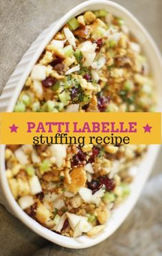 Patti LaBelle came by The Chew to face off against Little Big Town's Kimberly Schlapman with her great Sensational Stuffing recipe. http://www.recapo.com/the-chew/the-chew-recipes/chew-patti-labelle-sensational-stuffing-recipe/