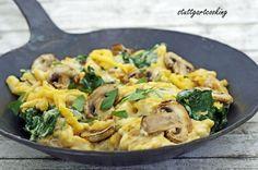stuttgartcooking: Käse-Kürbis-Spätzle mit Spinat und Champignons