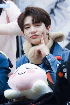 he's very cute 😍😍