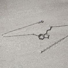 Colar Serotonina - Design Myself #Neurociência #Colares #DMS